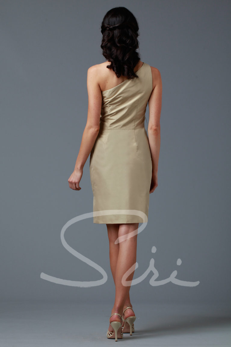 One shoulder dress Siri