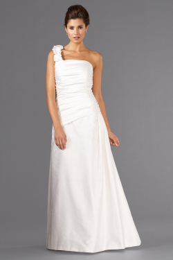 Siri - San Francisco Bridal Gowns - Rio Bridal Gown 5990