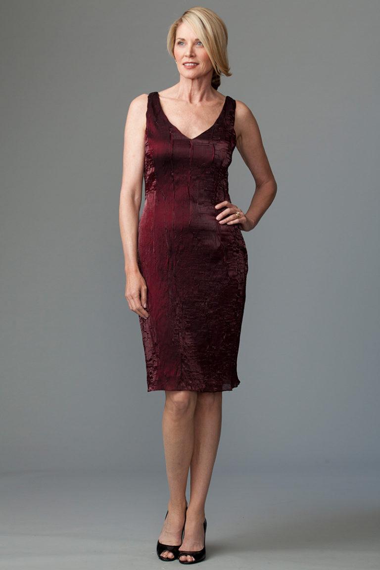 V neck burgundy dress