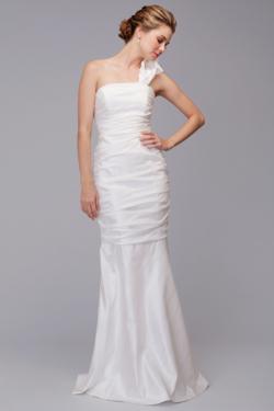 Siri - Bridal Gowns - Santa Cruz Gown 9344 - San Francisco