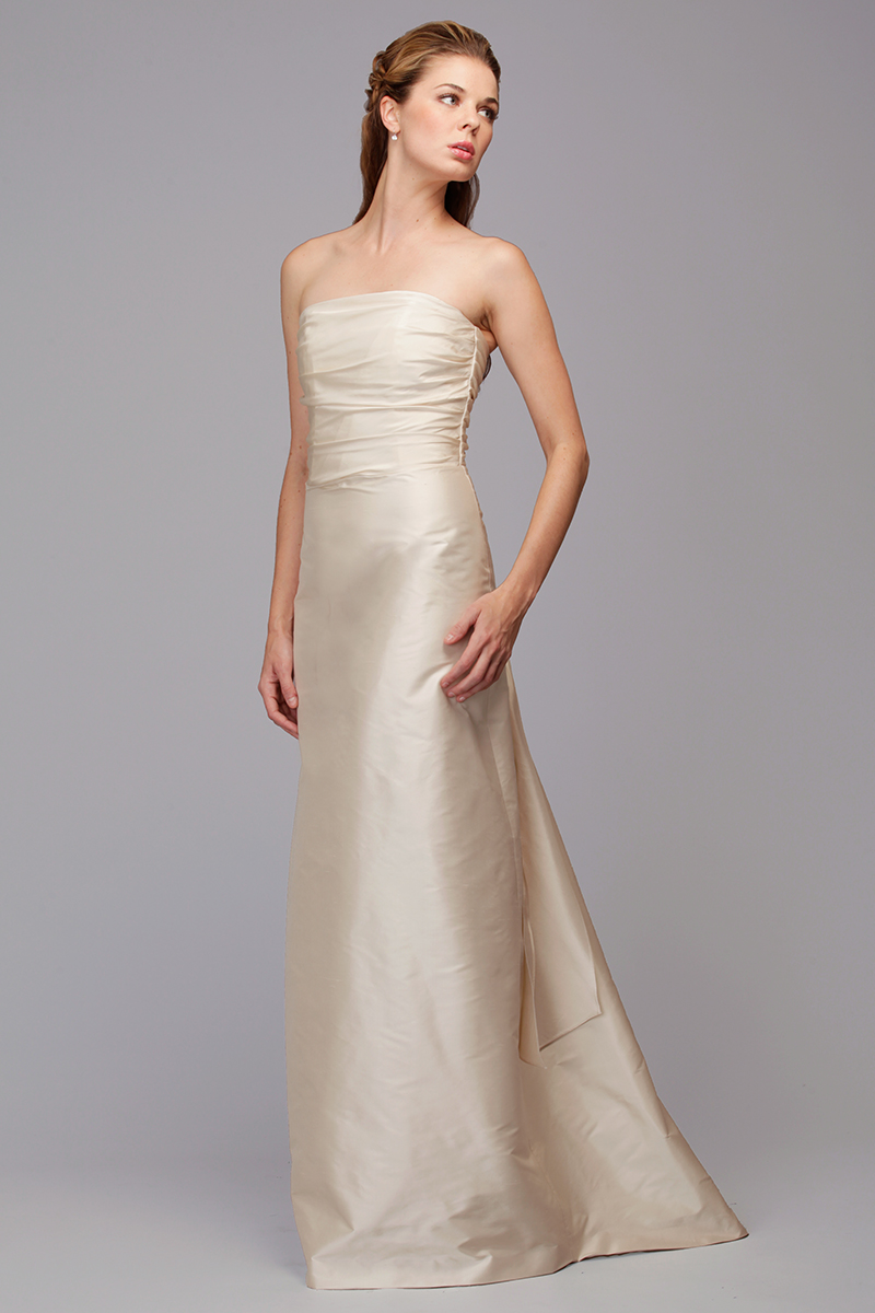 Siri - Bridal Gowns - Exit Maker Gown 9672 - San Francisco