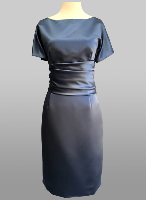 Siri Redwood Room Dress