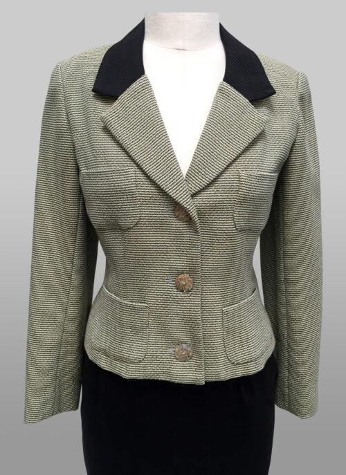 Tweed Jacket Siri