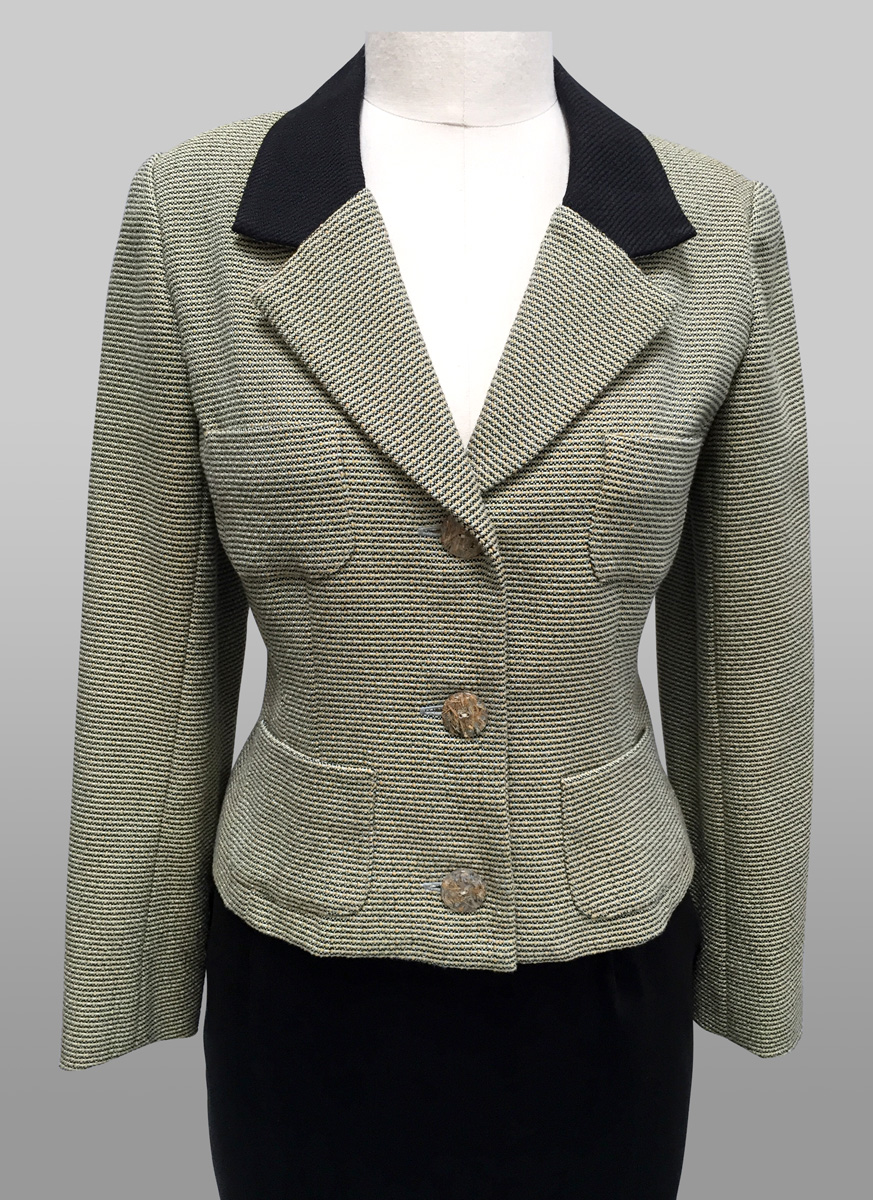 Tweed Jacket Siri