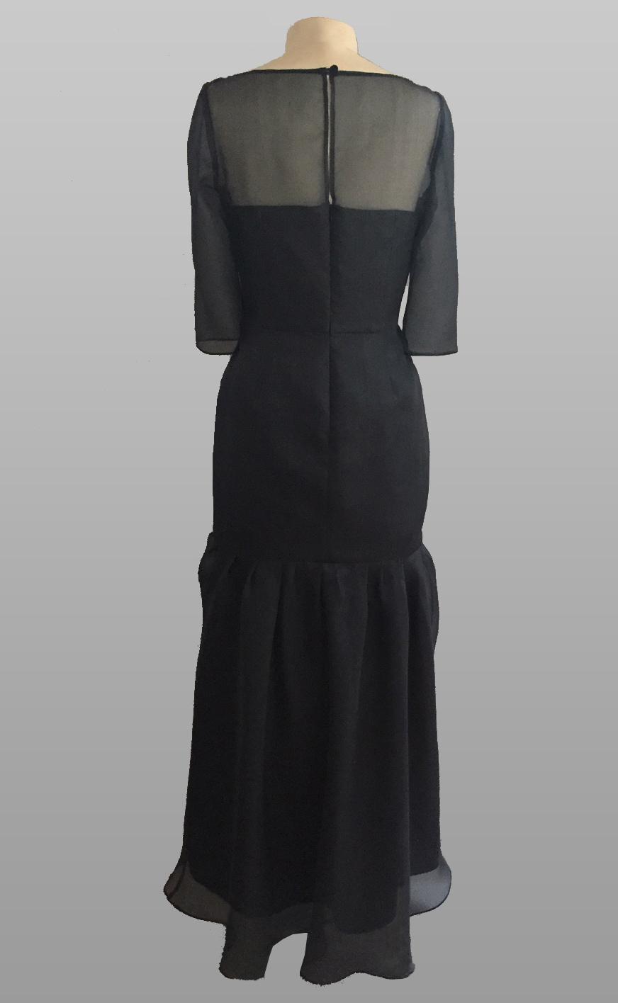 Siri Navy Gown