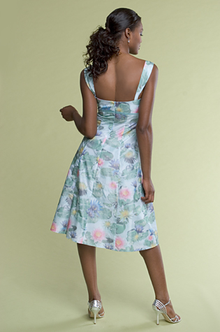 dress for spring event